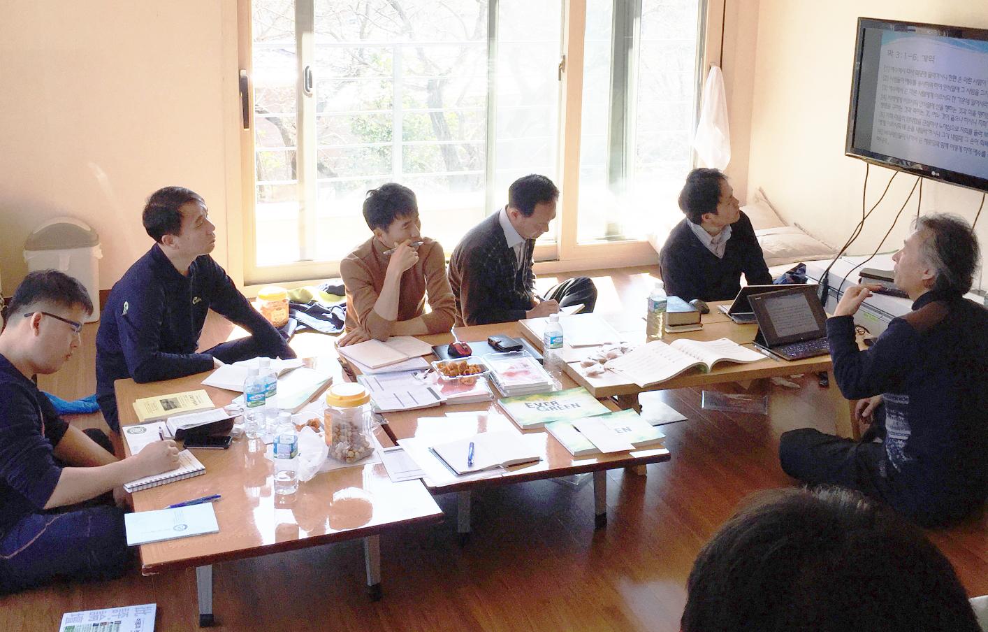 전반기 목회자 협의회.jpg